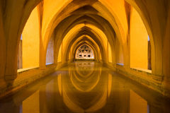 Λουτρά στο βασιλικό Alcazar της Σεβίλης Στοκ Εικόνα
