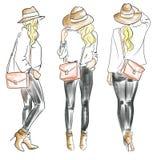 Απεικόνιση μόδας του καθιερώνοντος τη μόδα ξανθού κοριτσιού Στοκ Εικόνες