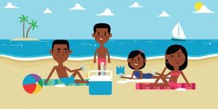 Απεικόνιση της οικογένειας που απολαμβάνει το πικ-νίκ στην παραλία από κοινού Στοκ Φωτογραφίες