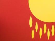Απεικόνιση της The Sun με τις φλόγες ή τα δάκρυα ενάντια σε ένα κόκκινο Backg Στοκ φωτογραφία με δικαίωμα ελεύθερης χρήσης