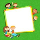 Απεικόνιση των παιδιών bunner γύρω από το τετραγωνικό έμβλημα πίσω από το διάνυσμα αφισών ελεύθερη απεικόνιση δικαιώματος