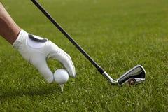 απεργίες παικτών γκολφ παιχνιδιών σφαιρών Στοκ Φωτογραφία