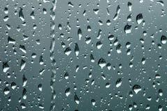 Απελευθερώσεις βροχής στο γυαλί Στοκ εικόνες με δικαίωμα ελεύθερης χρήσης
