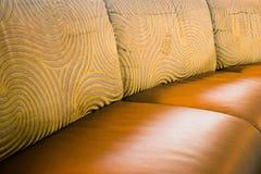 Απλό ντεκόρ καναπέδων σπιτιών ή επιχειρήσεων στοκ φωτογραφίες με δικαίωμα ελεύθερης χρήσης