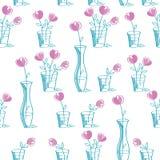 Απλό floral άνευ ραφής σχέδιο με συρμένα τα χέρι ρόδινα λουλούδια Στοκ Φωτογραφία