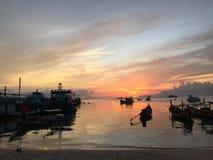 Αποβάθρα βαρκών ψαράδων στοκ φωτογραφίες με δικαίωμα ελεύθερης χρήσης