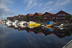 αποβάθρα ελεύθερου χρόνου βαρκών Στοκ φωτογραφία με δικαίωμα ελεύθερης χρήσης