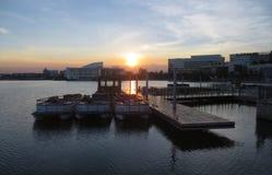 Αποβάθρα ηλιοβασιλέματος στοκ εικόνες