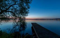Αποβάθρα και ηλιοβασίλεμα Στοκ φωτογραφία με δικαίωμα ελεύθερης χρήσης
