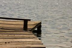 αποβάθρα ξύλινη Στοκ εικόνες με δικαίωμα ελεύθερης χρήσης