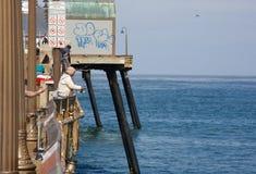 Αποβάθρα που αλιεύει στην αυτοκρατορική παραλία Καλιφόρνια Στοκ εικόνα με δικαίωμα ελεύθερης χρήσης