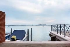 Αποβάθρα στην ενετική λιμνοθάλασσα Στοκ Φωτογραφίες