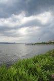 Αποβάθρα στη λίμνη, λίμνη της Ιστανμπούλ Kucukcekmece Στοκ Φωτογραφίες