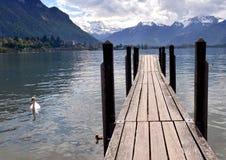 Αποβάθρα στη λίμνη Γενεύη Στοκ φωτογραφία με δικαίωμα ελεύθερης χρήσης