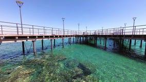 Αποβάθρα στον περίπατο Molos Λεμεσός, Κύπρος απόθεμα βίντεο