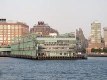 Αποβάθρα 57 στον ποταμό του Hudson στη Νέα Υόρκη Στοκ εικόνες με δικαίωμα ελεύθερης χρήσης