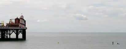 αποβάθρα του Μπράιτον παραλιών Paddleboard και καγιάκ Στοκ Εικόνες