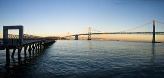 Αποβάθρα του Σαν Φρανσίσκο και γέφυρα κόλπων πανοραμική Στοκ φωτογραφίες με δικαίωμα ελεύθερης χρήσης