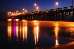 Αποβάθρα Newport Beach, ηλιοβασίλεμα Στοκ Φωτογραφία