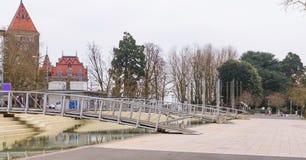 Αποβάθρα δ ` Ouchy και κάστρο Ouchy Στοκ φωτογραφία με δικαίωμα ελεύθερης χρήσης