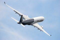 Απογείωση airbus A350 XWB Στοκ Εικόνες