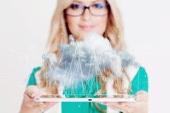 Αποθήκευση στοιχείων, έννοια νέας τεχνολογίας Αποθήκευση σύννεφων στοκ εικόνες