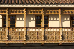 Αποικιακά αγροτικά ξύλινα μπαλκόνια σε Cusco, Περού Στοκ Εικόνες