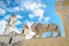 Αποικιακή αρχιτεκτονική της πόλης Cienfuego στην Κούβα Στοκ φωτογραφία με δικαίωμα ελεύθερης χρήσης
