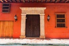 αποικιακή κληρονομιά μεξικανός πορτών καλλιέργειας Στοκ φωτογραφία με δικαίωμα ελεύθερης χρήσης