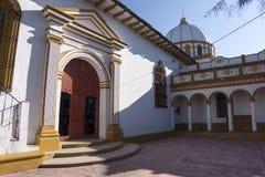 Αποικιακό καθολικό κτήριο εκκλησιών σε Chiapas Στοκ φωτογραφία με δικαίωμα ελεύθερης χρήσης