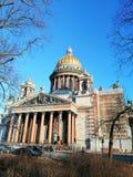 Αποκατάσταση της πρόσοψης του καθεδρικού ναού του ST Isaac στοκ φωτογραφία με δικαίωμα ελεύθερης χρήσης