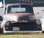 Αποκατεστημένο κλασικό αγροτικό φορτηγό GMC Στοκ εικόνα με δικαίωμα ελεύθερης χρήσης