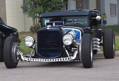 Αποκατεστημένο παλαιό κλασικό αγωνιστικό αυτοκίνητο έλξης Στοκ Εικόνα