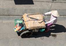 Αποκομιδή των ανακυκλώσιμων αποβλήτων, πόλη του Ho Chi Minh στοκ φωτογραφία