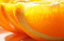 Αποκοπή των πορτοκαλιών στοκ φωτογραφία με δικαίωμα ελεύθερης χρήσης