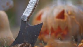 αποκριές Τρομακτικό μαχαίρι κολοκύθας και χασάπηδων ημερολογιακής έννοιας ημερομηνίας ο απαίσιος μικροσκοπικός θεριστής εκμετάλλε απόθεμα βίντεο
