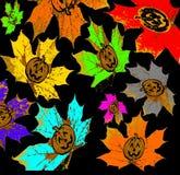 Αποκριές, φύλλα σφενδάμου μειώνονται με ένα εικονίδιο κολοκύθας σε ένα υπόβαθρο στοκ εικόνα με δικαίωμα ελεύθερης χρήσης