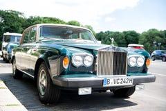 Αποκλειστική ασημένια σκιά ΙΙ Rolls-$l*royce αυτοκινήτων πολυτέλειας πράσινη Στοκ Εικόνες
