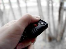 απομακρυσμένη γυναίκα κλειδωμάτων αυτοκινήτων Στοκ εικόνα με δικαίωμα ελεύθερης χρήσης