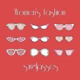 Απομονωμένα μόδα γυαλιά ηλίου γυναικών καθορισμένα Στοκ φωτογραφίες με δικαίωμα ελεύθερης χρήσης