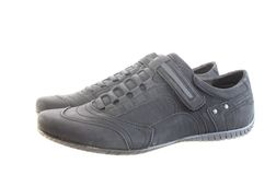 απομονωμένα παπούτσια ατόμ Στοκ φωτογραφία με δικαίωμα ελεύθερης χρήσης