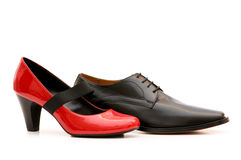απομονωμένα παπούτσια δύο Στοκ εικόνα με δικαίωμα ελεύθερης χρήσης