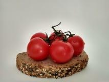 απομονωμένες ντομάτες Στοκ Φωτογραφίες