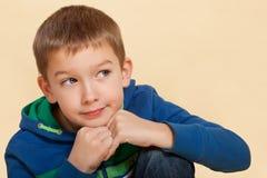 απομονωμένη αγόρι σκέψη Στοκ Εικόνες