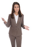 Απομονωμένη επιχειρησιακή γυναίκα που παρουσιάζει το νέο προϊόν με τα χέρια Στοκ Εικόνες