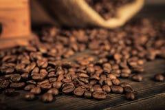 απομονωμένη ιδανικό μακροεντολή καφέ προγευμάτων φασολιών πέρα από το λευκό στοκ εικόνα με δικαίωμα ελεύθερης χρήσης