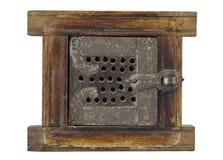 Απομονωμένη μικρή παλαιά πύλη ανοίγματος ξύλου και μετάλλων Στοκ φωτογραφίες με δικαίωμα ελεύθερης χρήσης