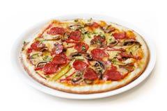 Απομονωμένη πίτσα Στοκ φωτογραφία με δικαίωμα ελεύθερης χρήσης