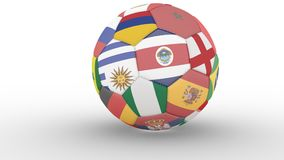 Απομονωμένη σφαίρα ποδοσφαίρου στα χρώματα των συμμετεχόντων του Παγκόσμιου Κυπέλλου στη Ρωσία και τη σκιά του που κυλούν σε μια  φιλμ μικρού μήκους