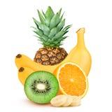 Απομονωμένοι καρποί Ανανάς, πορτοκάλια και μπανάνες στο άσπρο υπόβαθρο στοκ εικόνα